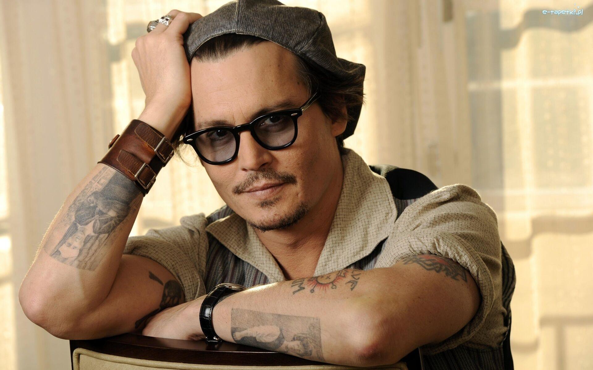 Aktor Okulary Johny Depp Mężczyzna Czapka Uśmiech Tatuaże